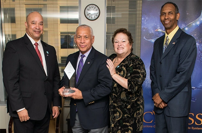 From left: Shades of Blue Founder, Captain Willie Daniels; Major General Charles Bolden with his Shades of Blue Community Outreach Award; ASTRA Futurist and Shades of Blue Advisor for STrategic Planning and Partnerships, Dr. Ronnie Lowenstein; Shades of Blue DCMD Chapter Mr. Marvin Richardson.